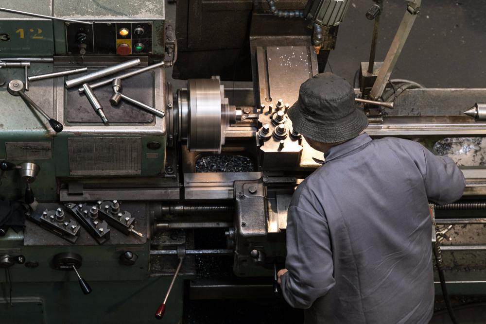 maquinas-e-ferramentas-04