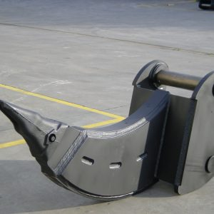 urmi-acessorios-escavadoras-bico-ripper-01